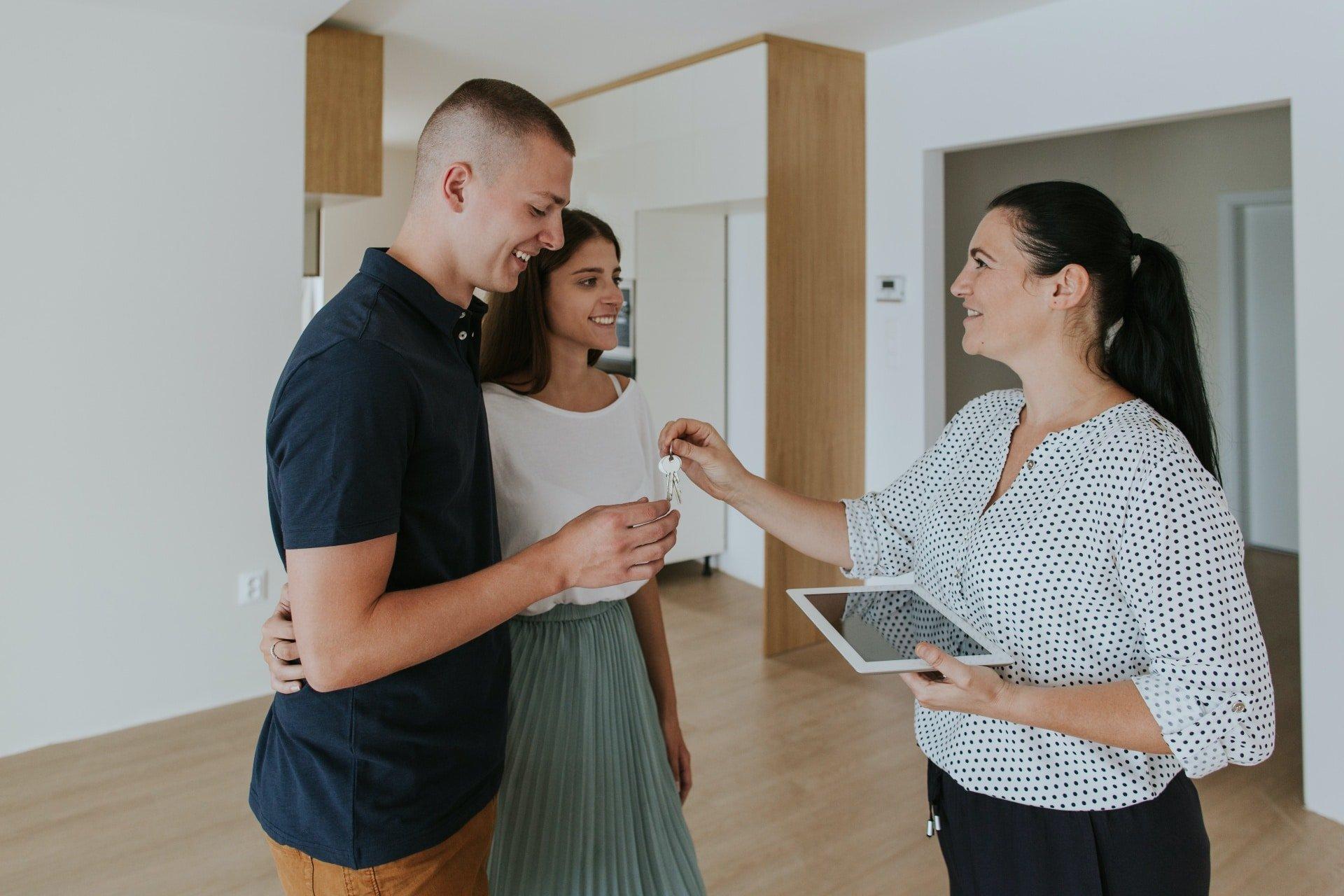 Cómo comprar o vender una casa durante el COVID-19